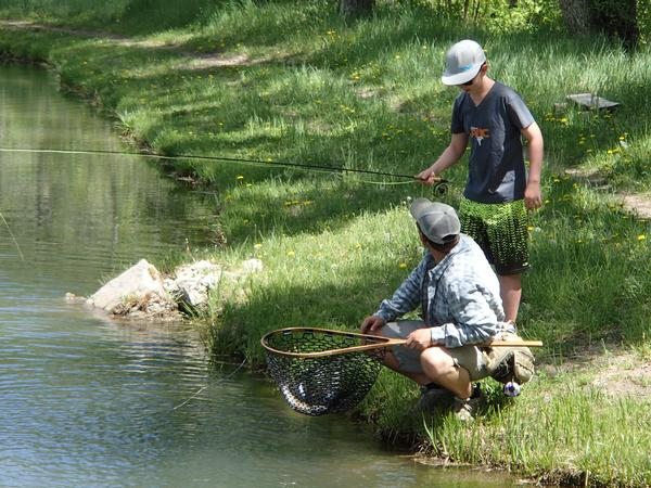 Family friendly colorado top places to take the kids for Good places to fish near me