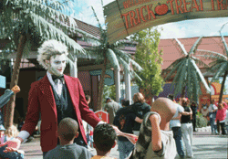 Elitch Gardens' Trick or treat trail