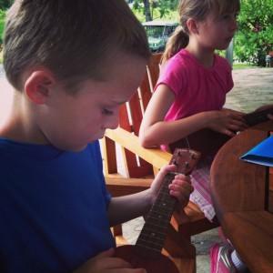 Ukelele lessons at Travaasa