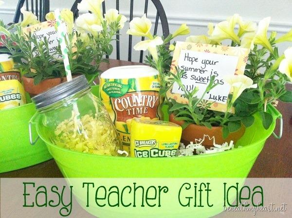 10 Easy Fun Teacher Appreciation Gifts Mile High Mamas